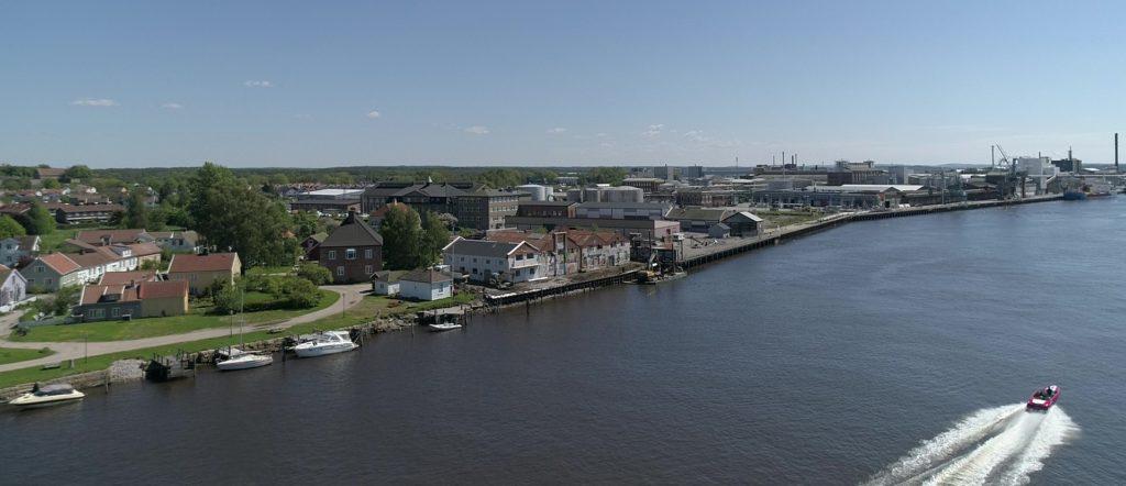 Vaterland med Øra industriområde i bakgrunnen